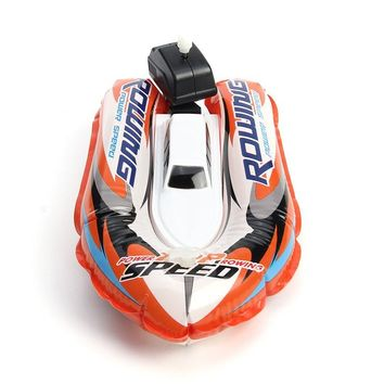 New Arrival Inflatable Racing Boat Toy Gift For Bath Bathroom Beach Pool Bathing Clockwork Toys For Kids Remontoir Boat Toy