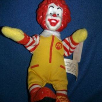 RONALD MCDONALD HAPPY MEAL TOY FINGER PUPPET 2002 WITH TAG