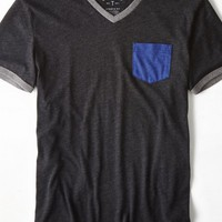 AEO Men's Legend Pocket V-neck T-shirt