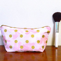 Pink Camo and Shiny Gold Polka Dots Print Small Travel Makeup/Cosmetics/Toiletries/Vape Pen Bag/Pouch/Holder with Caramel Brown Zipper