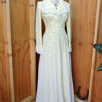 Vintage 60s maxi dress / size  XS / S / 4 / 6 / boho yellow flower dress / 1960s long hippie wedding gown / vintage maxi Festival dress