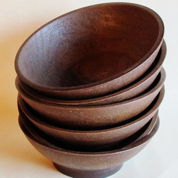 Vintage  West Bend salad or cereal bowls 6 pieces made in USA faux wood, plastic