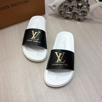 LV Louis Vuitton Men Flip Flop Sandal Slipper-1