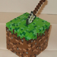 Minecraft Dirt Cube w/Shovel 3D Perler Model