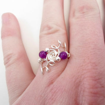 Sterling Silver 925 and Amethyst ring. Febuary Birthstone, Healing Gemstone. Wire wraped.