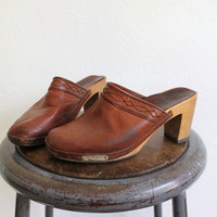 Vintage 90s Brown Leather Heeled Wood Clogs // Slip On Wooden Heels Sz 8