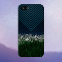 Transparent Chevrons x Snowcapped Evergreen Forest Design Case for iPhone 6 6 Plus iPhone 5 5s 5c 4 4s Samsung Galaxy s5 s4 & s3 and Note 5