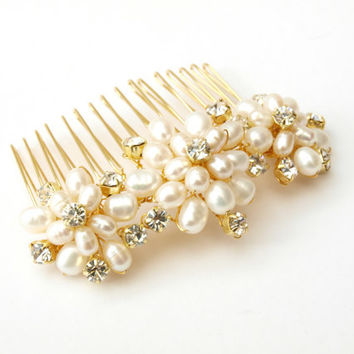 Wedding Pearl Hair Comb Gold Bridal Hair by jewellerymadebyme