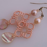 Pink filigree earrings with pearls E517