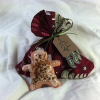 Christmas Bath Cookies, Frosted Gingerbread Men 2 pack
