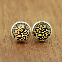 Fake Plugs Leopard Print Earrings : Animal Print Stud Earrings, Fake Plugs, Vintage, Bohemian, Boho Chic by OAKWILDE on ETSY