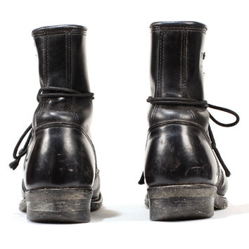 Vintage WALKER Boots . Leather Logger Work Boots . Heavy Duty Lace Up Boots . size US womens 9, Eur 39.5, UK 6.5