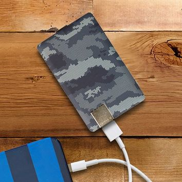 Charge Card Universal Battery, Digi Camo