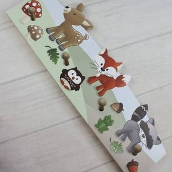 Woodland Forest Friends Wooden CLOTHES PEG Rack Bathroom Bedroom CR0003