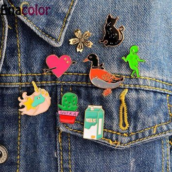 Trendy Enacolor Carton Green Man Milk Unicorn Black Cat Duck Love Heart Brooches Pins Denim Jacket Blouse Backpack Shoulder Lapel Pin AT_94_13