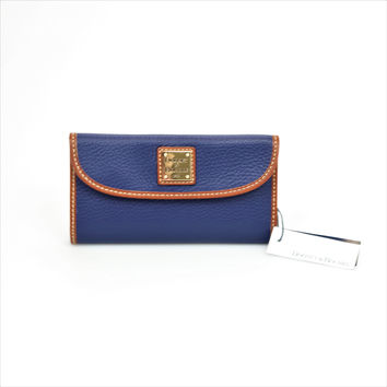 Dooney and Bourke Continental Clutch Leather Small Wallet