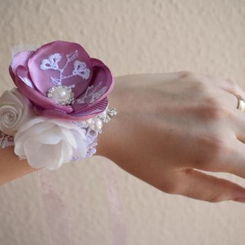 Blush bridal flower wrist corsage, bridal wrist corsage, flower cuff bracelet, wedding fabric corsage, Bridesmaid cuff bracelet
