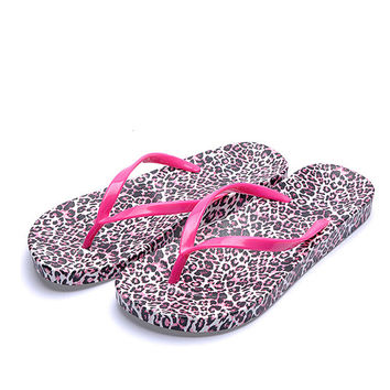 Check Out the New Korean Version of Non-Slip Leather Flip Flops for Women in Casual Summer Style & Red Leopard Print Design
