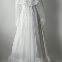 Vintage Victorian Inspired White Lace & Ruffled Wedding Dress, Small