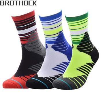 Brothock Professional outdoor sports towel basketball socks breathable sweat-resistant anti-skid package protection hiking socks