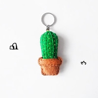 Succulent plant keychain, felt green cactus accessory, cute key chain, teens summer accessory