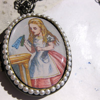 Alice In Wonderland Pearl Vintage Locket Necklace