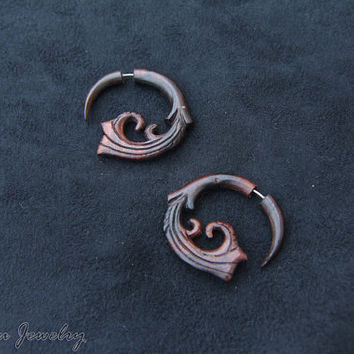 Bali Wood Earring, Spiral Fake Gauge Taper Earring w Medium Spiral Design Fake Gage Wooden Earrings FGW-0103-1