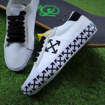 DCCKU62 Sale Off White Vulcanised Arrows Sneakers White/Black Canvas Shoes