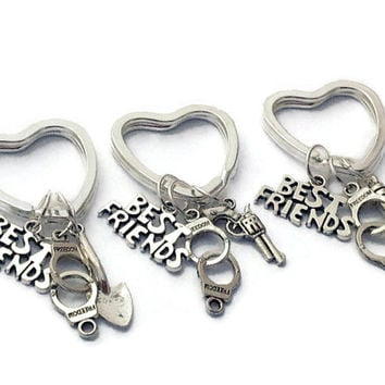 3 Best Friends Gift, Partners in Crime Keychains, Handcuff Keyrings, Three Sisters Present, Heart Keyence, Pistol Jewelry, Xmas Gift for BFF