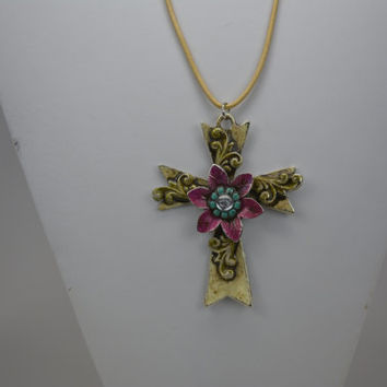 Chunky Cross Pendant, Chunky Cross Necklace, Hand Painted Cross Pendant, Hand Painted Cross Necklace, Religious Pendant, Christian Jewelry