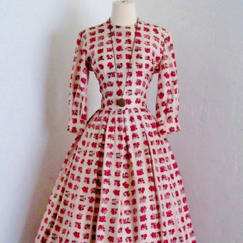 vintage 1960's Suzy Perette floral bouquet strawberries and creme hues silk chic party dress
