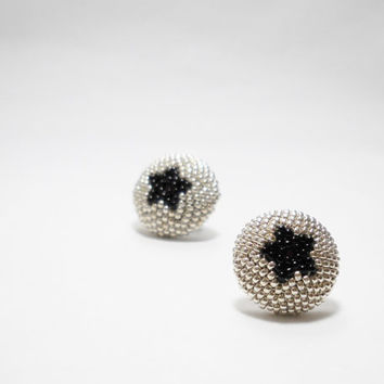 Black Star - Beaded earrings -  Seed Beaded stud earrings - Silver - Black - Mother Day Gift