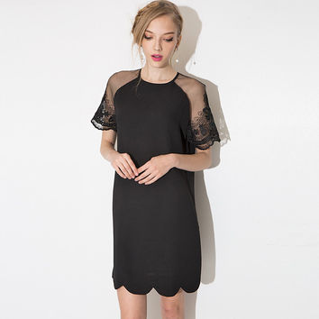 Black Wave Edge Dress with Lace Embroidered Sleeve