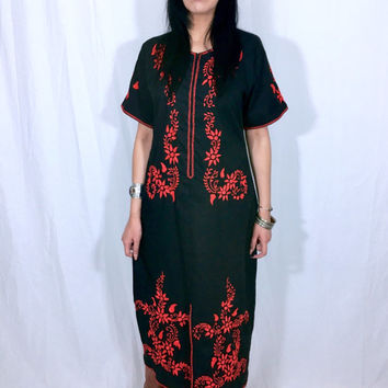 Vintage 60s 70s Black Mexican Red Flower Hand Embroidered Oaxacan Kaftan Dress S // M