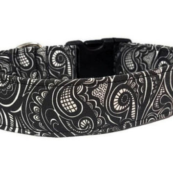 Black and White Dog Collar - Swirls Swirl Doodle - Abstract Funky Design - Waves Collar (Standard Collar, Metal Buckle, or Martingale)