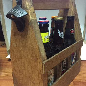 Rustic Wooden Beer Tote, Beer Caddy, Beer Carrier, Groomsman gift, Wedding party gift, Craft Beer, gift idea, Man Cave, mens cooler