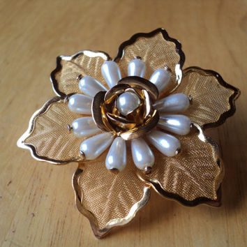 Flower Brooch with Pearls, Goldtone Mesh Leaves, Rose with Faux Pearl Petals, Stunning Bridal Brooch, Gift for Her