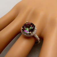 Vintage 3.55ctw Purple Mystic Topaz & 15 Diamond Accent Halo 10K Yellow Gold Estate Ring