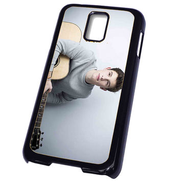 LEAD Shawn Mendes lans FOR SAMSUNG GALAXY S5 CASE**AP*