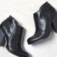 AEO Women's Stacked Heel Bootie
