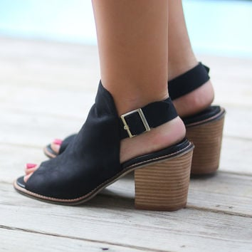 CHINESE LAUNDRY Caleb Black Suede Ankle Booties