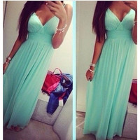 Women's clothing on sale = 4499931396
