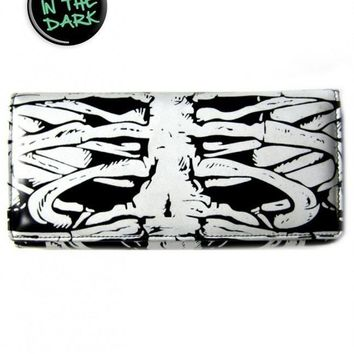 "Women's ""Glow In The Dark Skeleton"" Wallet by Banned Apparel (Black)"