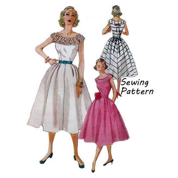 "Simplicity 4328 Woman's Summer Sun or Party Dress Sewing Pattern Vintage 1950's Size 12 Bust 30""/ 76cm"