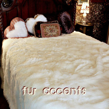 King/Queen Plush Snow White Mink Rabbit  Fur Bedspread, Comforter Blanket, Wolf skin, Faux Fur Bear Skin Accent Rug Fake Sheepskin Throw Rug