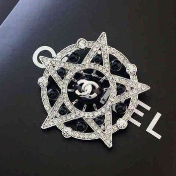 ONETOW Chanel Women Fashion Logo Diamonds Brooch