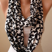 New - Gift - Infinity Birds SCarf - White Flying Birds - Infinty Scarf - Circular Scarf  -  Loop Scarf - Black and White - White Birds