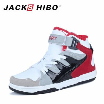 JACKSHIBO 2017 Brand New Arrival Winter Mans Boots Fashion Resistant Handmade Ankle Boots Anti-Skid Men Casual Shoes