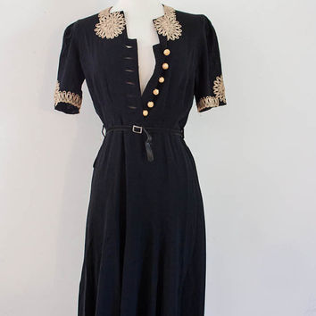 1920's Gatsby  Black Dress - Lace Trim with Bakelite Buttons, Original Belt