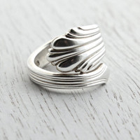 Vintage Sterling Silver Spoon Ring - Signed Stieff Size 5 1/2 Retro Wrap Flatware Jewelry / Linear Bypass
